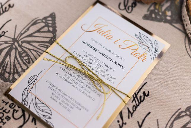 Złote i srebrne zaproszenia na ślub ze sznurkiem