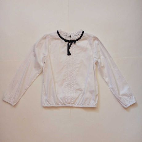 biała bluzka w rozmiarze 128