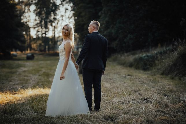 Suknia ślubna rozmiar 38-40 regulowana