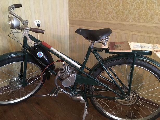 Мопед велосипед мотовелосипед авто дырчик