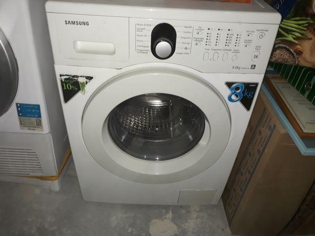 2 máquinas uma de secar outra de lavar