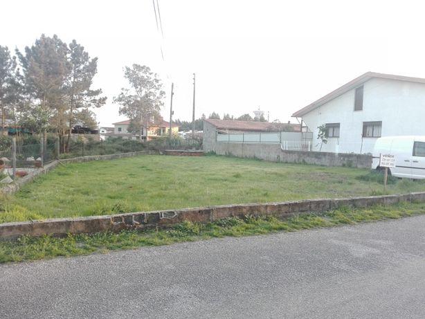 Terreno urbano em Oiã (com poço)