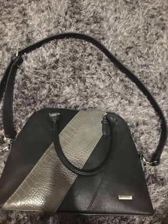 Elegancka Wittchen torba duża czarna srebrne okłucia nowa