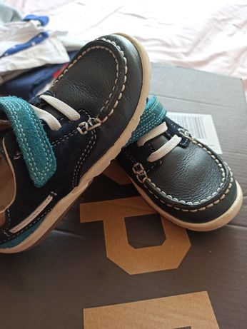 Buciki  clarks first shoes skórzane 25
