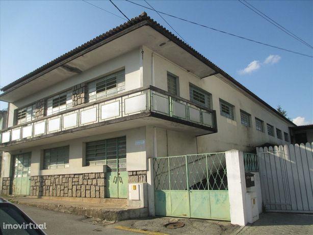 Armazém  Venda em Vila de Cucujães,Oliveira de Azeméis