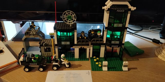Zestaw LEGO City/Town 6332 Command Post Central