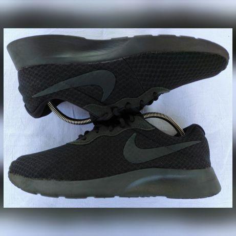 Кроссовки Nike Tanjun (размер 41) × Adidas × Asics × New Balance