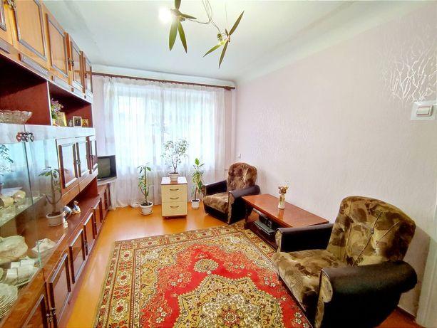 2 кімнатна на Проспекті Миру, центр.