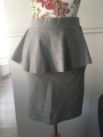 Spódniczka mini z baskinką Monki 36 S jak nowa