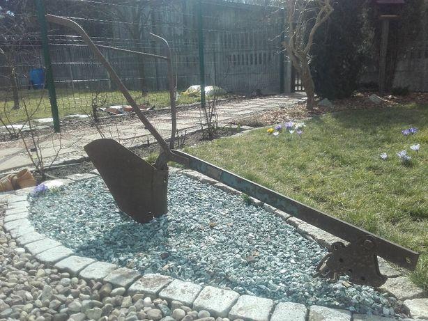 Redło (Pług konny ogrodowy). ozdoba ogrodu