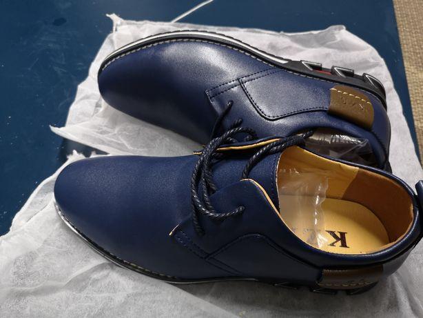 "Sapatos ""Pilot"" novos n°42"