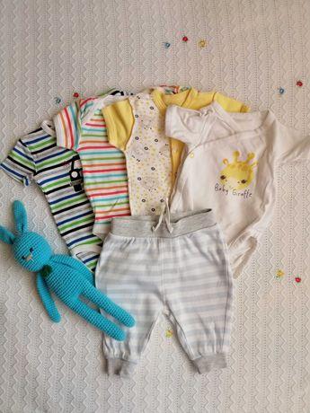 Набор Бодиков с коротким рукавом newborn для мальчика бодики