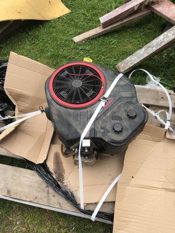 Silnik do traktorka kosiarki Loncin v2 19-22hp