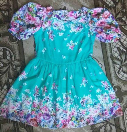 Платье нарядное 48-50 размера