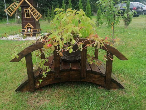 Mostek drewniany ozdobny