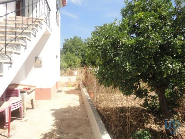 Moradia - 197 m² - T3