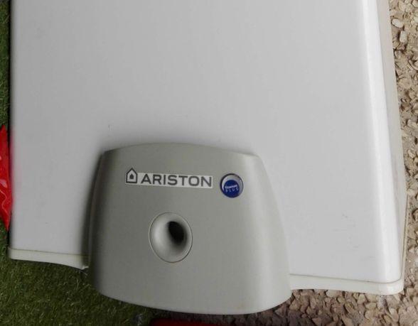 Bojler gazowy podgrzewacz wody Ariston Micro 42l IDEALNY do BLOKU