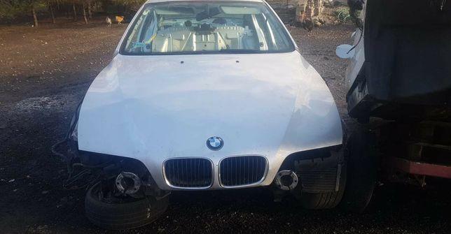 BMW E39 maska silnika pokrywa przód Titansilber ładna