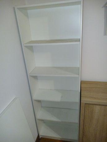 Regał biały Ikea