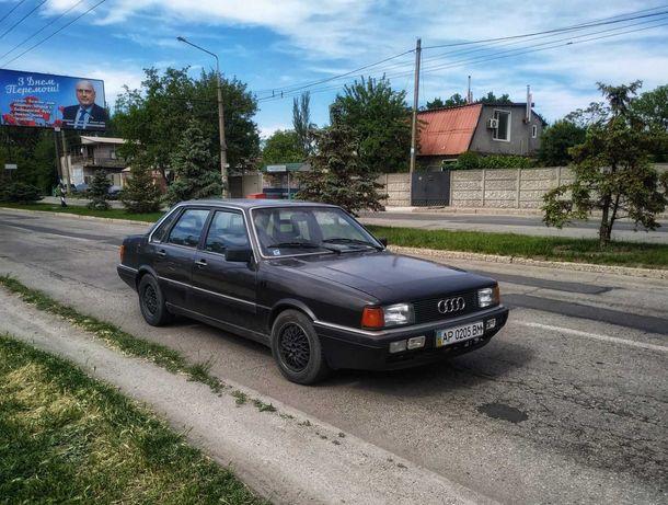 Продам Audi 80 b2 4000S