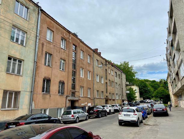 Продаж 2-ох кім. квартири по вул.Зарицьких