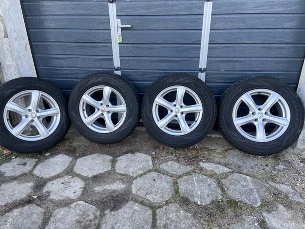 Opony zimowe Pirelli Scorpion 235/65/17 + felgi ATT 5x108