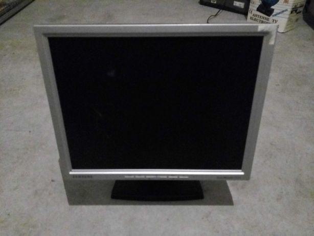Monitor 15'' Samsung 152N LCD