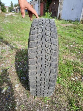 Продам комплект грузовых зимних шин KUMHO 195/75 R14C с дисками