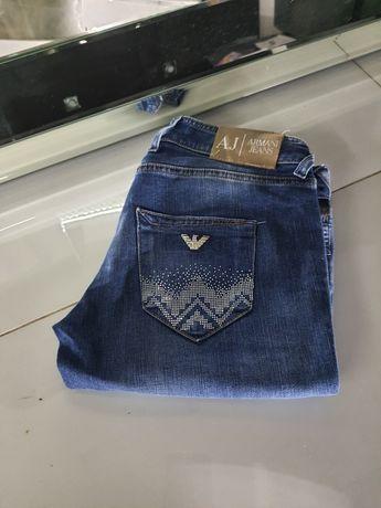Sprzedam oryginalne spodnie armani
