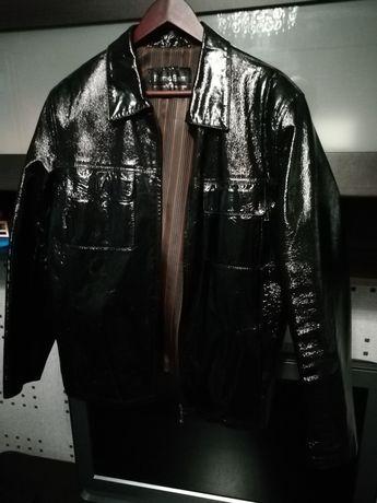 Куртка шкіряна лакована, р52. Майже нова.