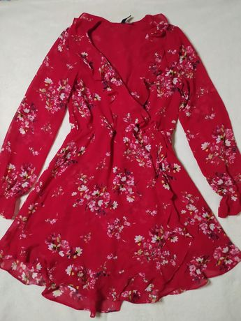 Vestido vermelho folhos