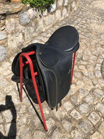 selim dressage wintec 500 com cair system tamanho 17,5