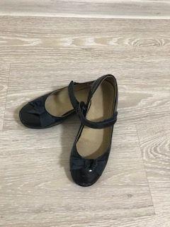 туфли на девочку размер 35, кожаные, нарядные