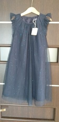 Sukienka 128. Nowa
