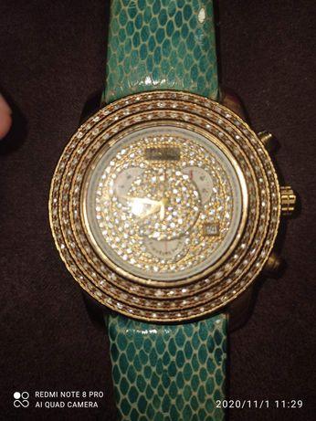 Позолоченные часы Freelook
