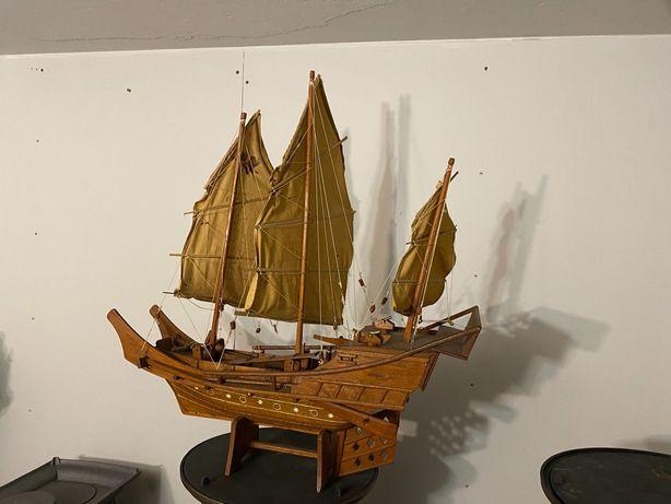 Żaglówka z drewna model