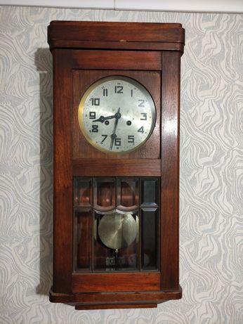 Часы настенные Gustav Becker P48