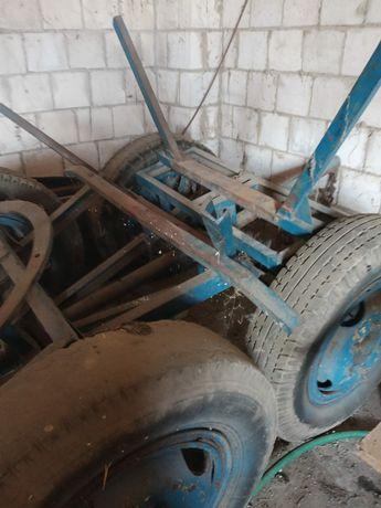 Wóz stalowy ciągnikowy rozkladany mocny