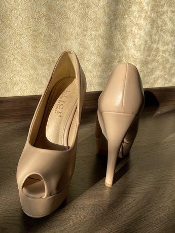 Туфли женские, 36 фирмы LIICI