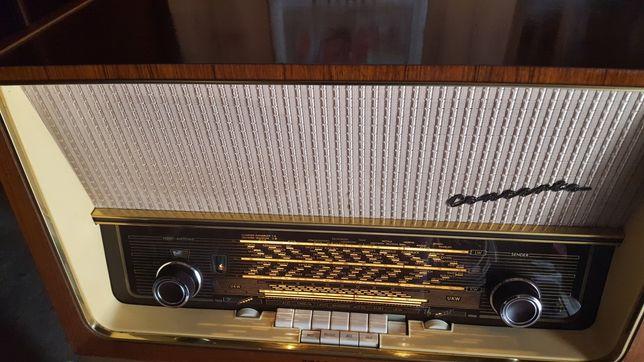 Radio antigo telefunken
