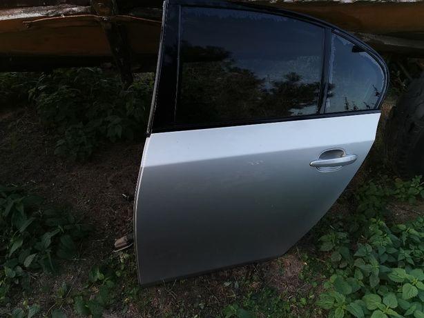 Drzwi tył lewe Bmw e60