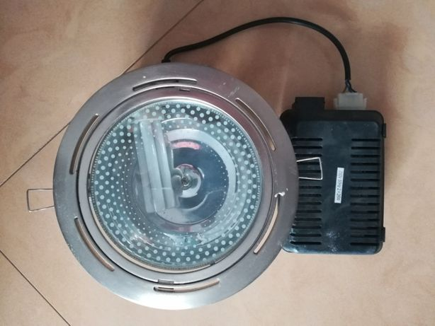 2 Focos de Luz para encastrar (ideal para cozinha)