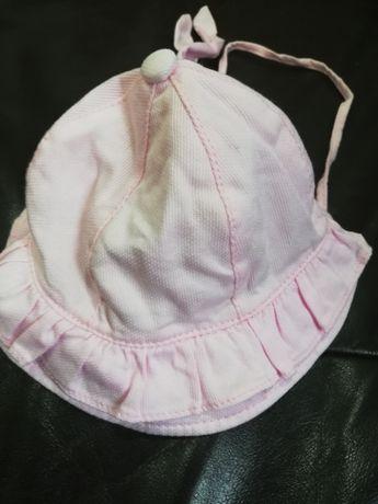 Chapéu bebé como novo 3-6 meses portes incluídos