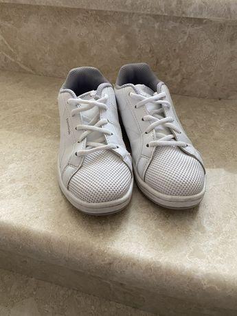 Кросівки Reebok 28