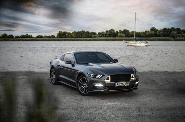 Ford Mustang 2.3 Мустанг !