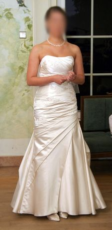 Suknia ślubna ATELIER DIAGONAL Model: 1856