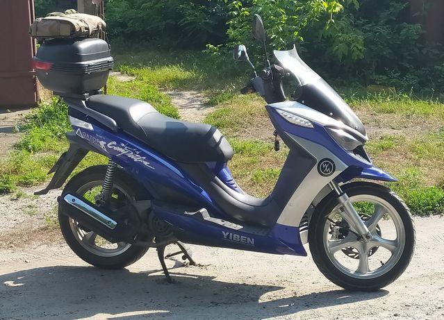 Макси скутер Ибен 150Т11