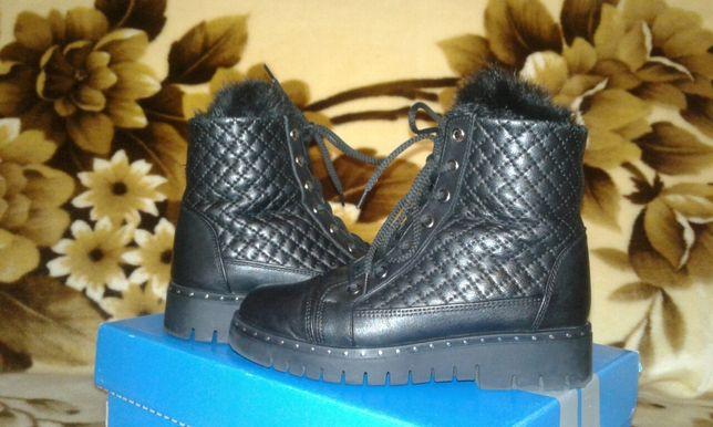 Шкіряні черевики на дівчинку зимові 33 розмір