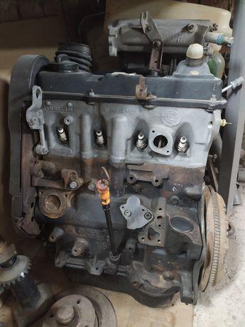 Мотор Двигатель Фольксваген Гольф Пассат Ауди 1.8 GX