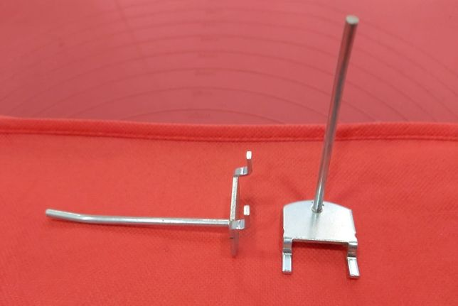 Ganchos metálicos para Expositores x250